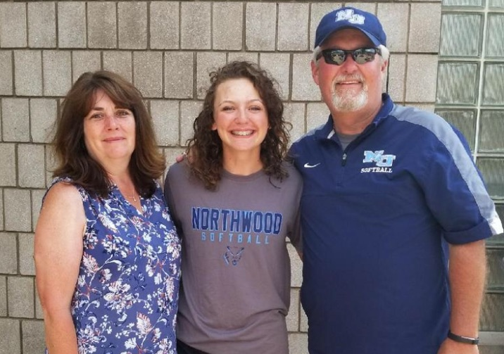 Claire Lyons Commits to Northwood University